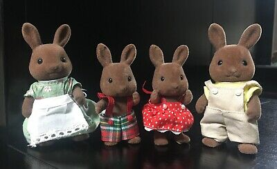 1985 Epoch Calico Critters Sylvanian Families Chocolate Flocked Bunny Family
