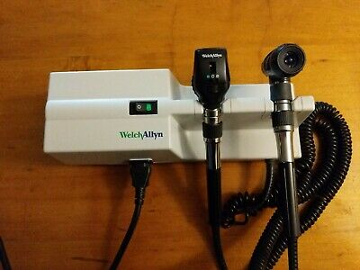 Welch Allyn 767 transformer complete with otoscope/ophthalmoloscope/Power cord