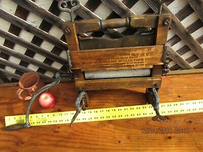 Antique Anchor Brand Washing Machine Ringer Hand Crank Early Rollers USA 1890's