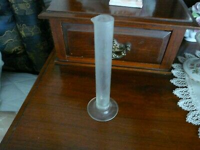 Old 25ml glass graduated measuring cylinder..BS 604..PSL