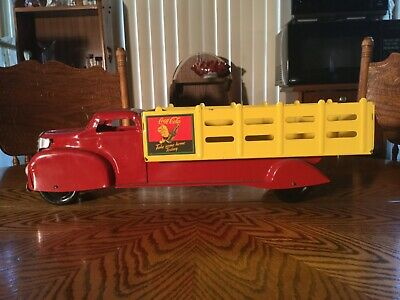 """MARX 1940'S PRESSED STEEL COCA COLA DELIVERY STAKE BED TRUCK - 20.5"""" Long"""