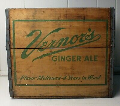 Vernor's Ginger Ale Wood Crate 1958 Box Vintage Soda Pop Advertisement Man Cave
