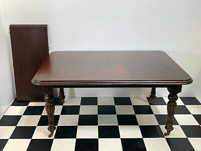Antique Victorian style mahogany extending dining table 6-8 seater - Delivery
