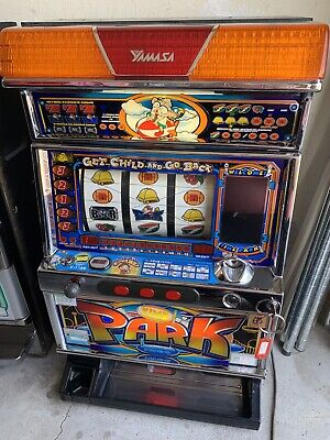 TOKEN VINTAGE PACHISLO TimePark 3 REEL SLOT MACHINE working w/LED & Key JAPANESE