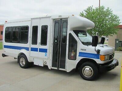 2005 Ford E350 SD / Startrans Supreme Bus (Diesel – 12 pass.) NO RESERVE