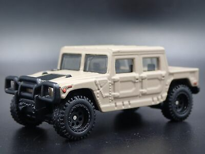 HUMMER H1 Pickup Camion 1:64 Echelle de Collection Diorama Voiture Miniature