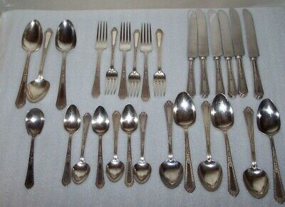 28 Pc - Deco Ornate Romance 1925 Holmes & Edwards Inlaid Flatware
