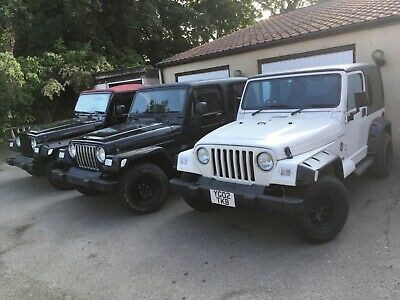 2002 02 Jeep Wrangler TJ 4.0 Sahara Auto, white, black hardtop, air conditioning