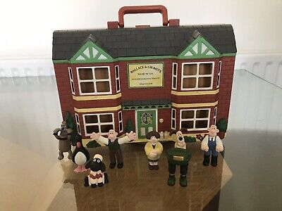 Wallace And Gromit Wash N Go Playset With 8 Figures