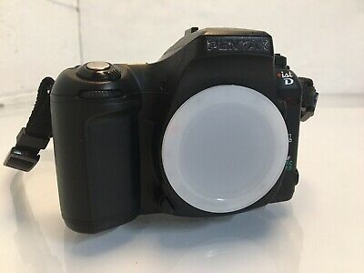 PENTAX Pentax ist D 6.1MP Digital SLR Camera - Black (Body Only)