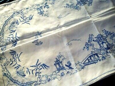 """Exquisite Blue Willow Vintage Hand Embroidered Large Tablecloth 49.5"""" sq"""