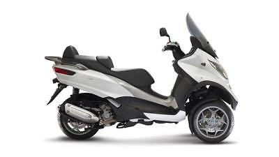 Piaggio Mp3 300 Business - Ride This On A Car Licence