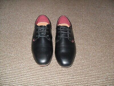 River Island Boys Black Shoes (Size 8 Junior) - Used
