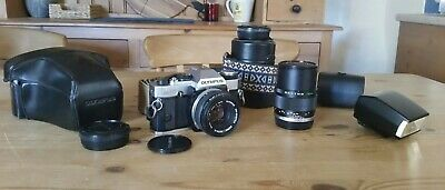 Olympus OM20 35mm SLR Camera bundle all in Excellent working condition