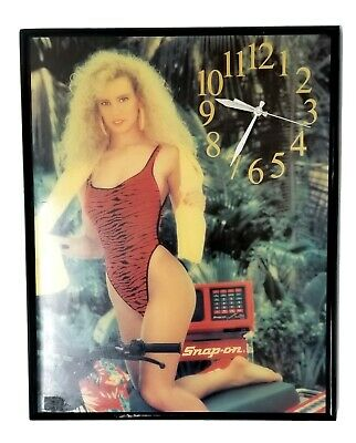 Vintage Snap - On Pin Up Clock; Works Great - Good Condition