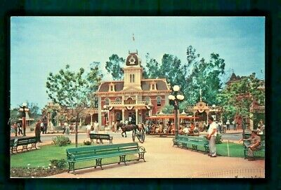 Postcard Disneyland The Leisurely Pace of Yesterday Town Square. B2