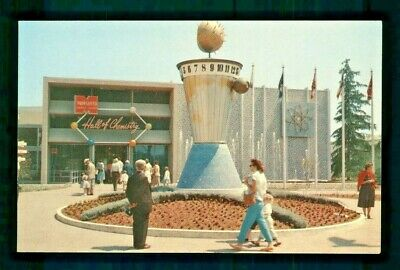 Postcard Disneyland Clock of the World of Dreams and Hopes of The Future. B2