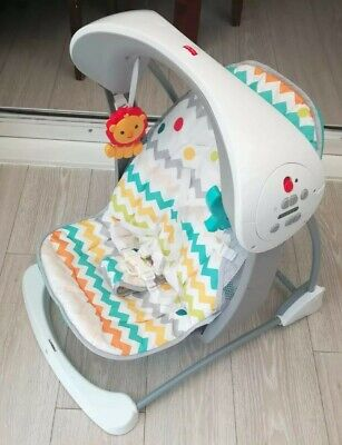 Fisher Price swing colourful carnival take along Baby musical