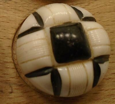 """WOW 1"""" Black and White Glass Antique Button 1:16"""