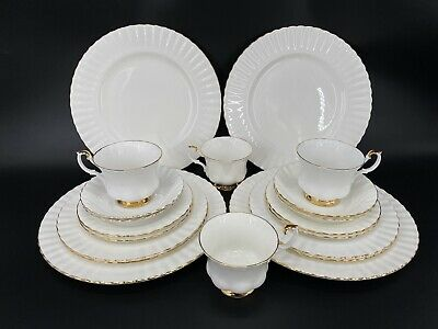 Royal Albert Val D'or 5 Piece Place Setting x 4 England Bone China 20 Pieces