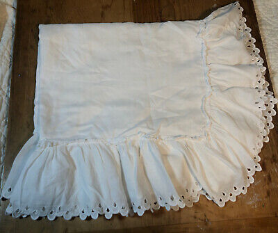 Vintage White Lace Pillowcase Linen? Ruffle Standard Size