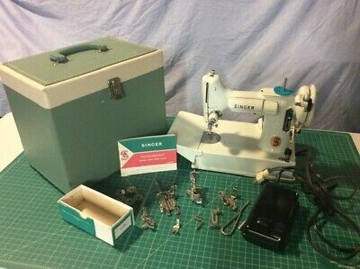 1964 Singer 221K WHITE Featherweight Sewing Machine SERVICED.  SHINY