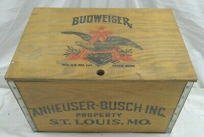 Anheuser Busch Budweiser Old Time Wood Case With Checker Board And Original Box