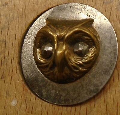 """WOW 5/8"""" Picture Owl on  Steel Antique Button 10:30"""