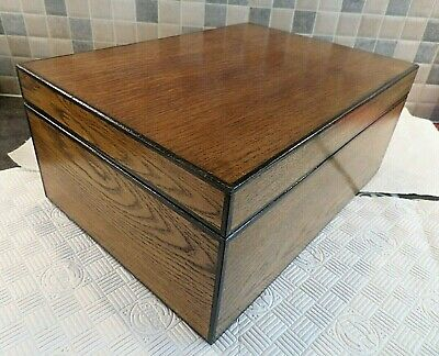 EARLY 20thC LARGE STRONG SOLID OAK BOX- RELINED INTERIOR WITH 5 COMPARTMENT TRAY