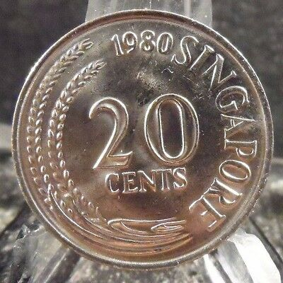 Circulated 1980 20 Cents Singapore Coin (011017)1