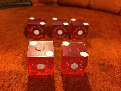 5 older Sam's Town Las Vegas casino dice, 3 matching and 2 matching numbers