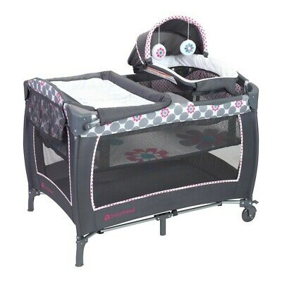Baby trend Little Snooze Deluxe ll Nursery Center  Daisy Dots