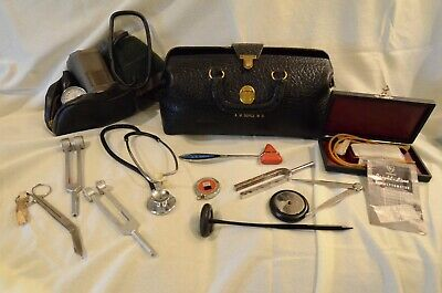 Vintage Lilly Doctor Bag and Contents