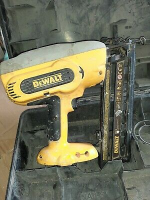 DEWALT DC618 Cordless Framing 2nd fix Nail Gun spares or repairs