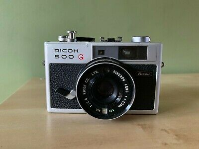 VINTAGE RICOH 500G with 2.8 40mm RIKENON LENS LEATHER CASE
