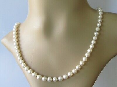 Secondhand Cultured Pearl Necklace With 14ct Yellow Gold Clasp