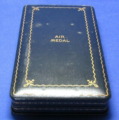 WWII Army Air Forces Air Medal Presentation Case Box