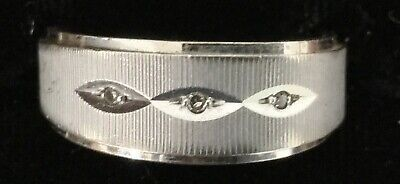 Vintage Ring ~ 14K White Gold 3.6 DWT with 3 Small Diamonds