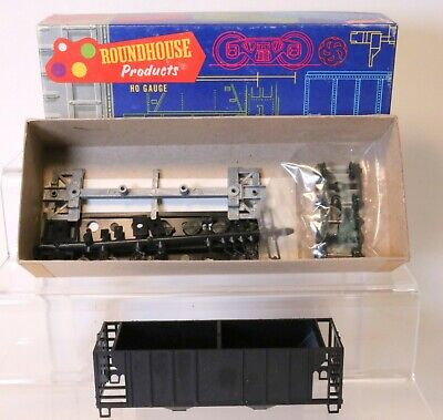 Undecorated HO Scale Train NEW Athearn #5440 34/' Ribbed Side Hopper Car Kit