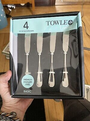 Set of 4 Towle Living 5038626 Basic Stainless Steel Spreaders