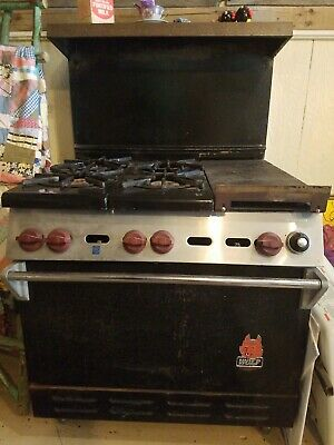 Commercial Wolf Brand Stove 4 burner Gas