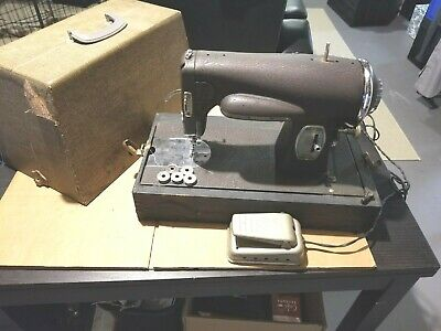 KENMORE 117-959 ROTARY SEWING MACHINE - Clean Working Condition w/ Extra Bobbins