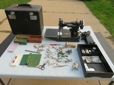 Vintage 1936 Singer 221 FEATHERWEIGHT Sewing Machine in Case w/MANY Extras~WORKS