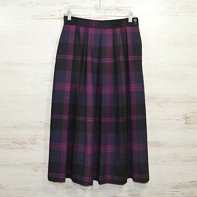 Size 6. black plaid beige,gray A line skirt Made by Evan-Picone wool Classy vintage 70s brown