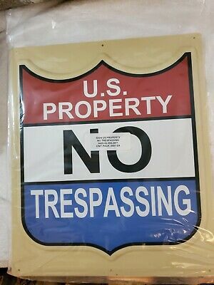 """Vintage 3D Sign U.S.Property NO Trespassing 11.5""""x 13.5"""" Red White & Blue   NEW"""