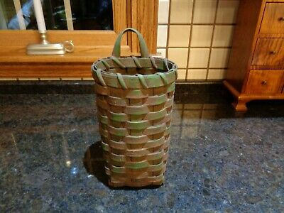 LINDA SEARCY Primitive Distressed Grungy Green Basket