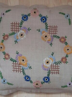 Vintage Embroidered Cushion Cover Oxford Style