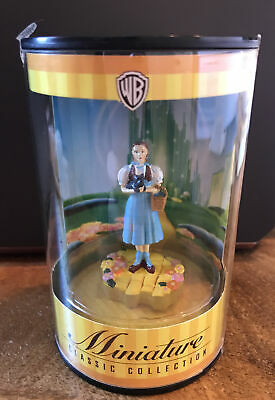 Warner Brother Miniature Classic Collection ~ Wizard of Oz Dorothy & Toto ~ NIB