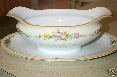 Imperial China Floral Pattern Gravy Boat W/ Underplate
