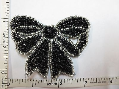 SEQUIN APPLIQUE GLASS BEAD PLASTIC BEAD PATCH BOW MOTIF SEW ON CRAFT PATCH 1PC